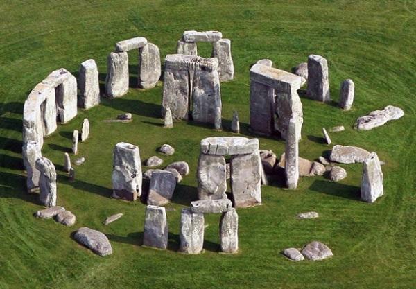 Stonehenge | Historia das Artes