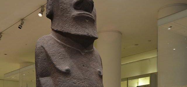 Hoa Hakananai'a, British Museum